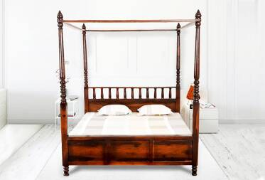 Franci King Size Poster Bed