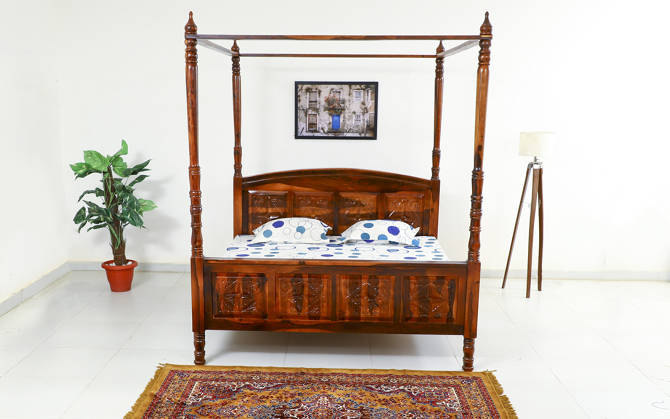 Davies Poster Bed